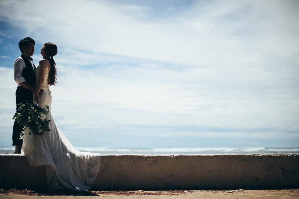 ベターハーフ ハワイウェディング ビーチ撮影 前撮り 青い海
